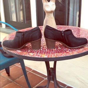 Collection by Clarks 3 inch black leather booties